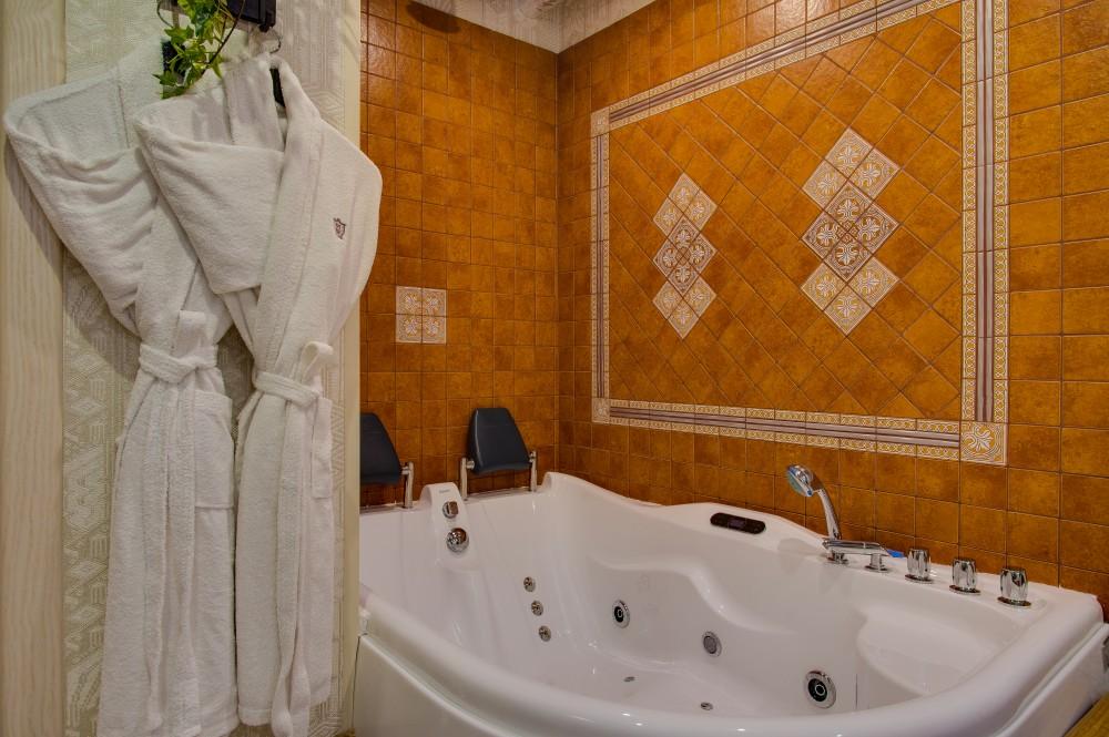 СПА-ванна в кабинете СПА