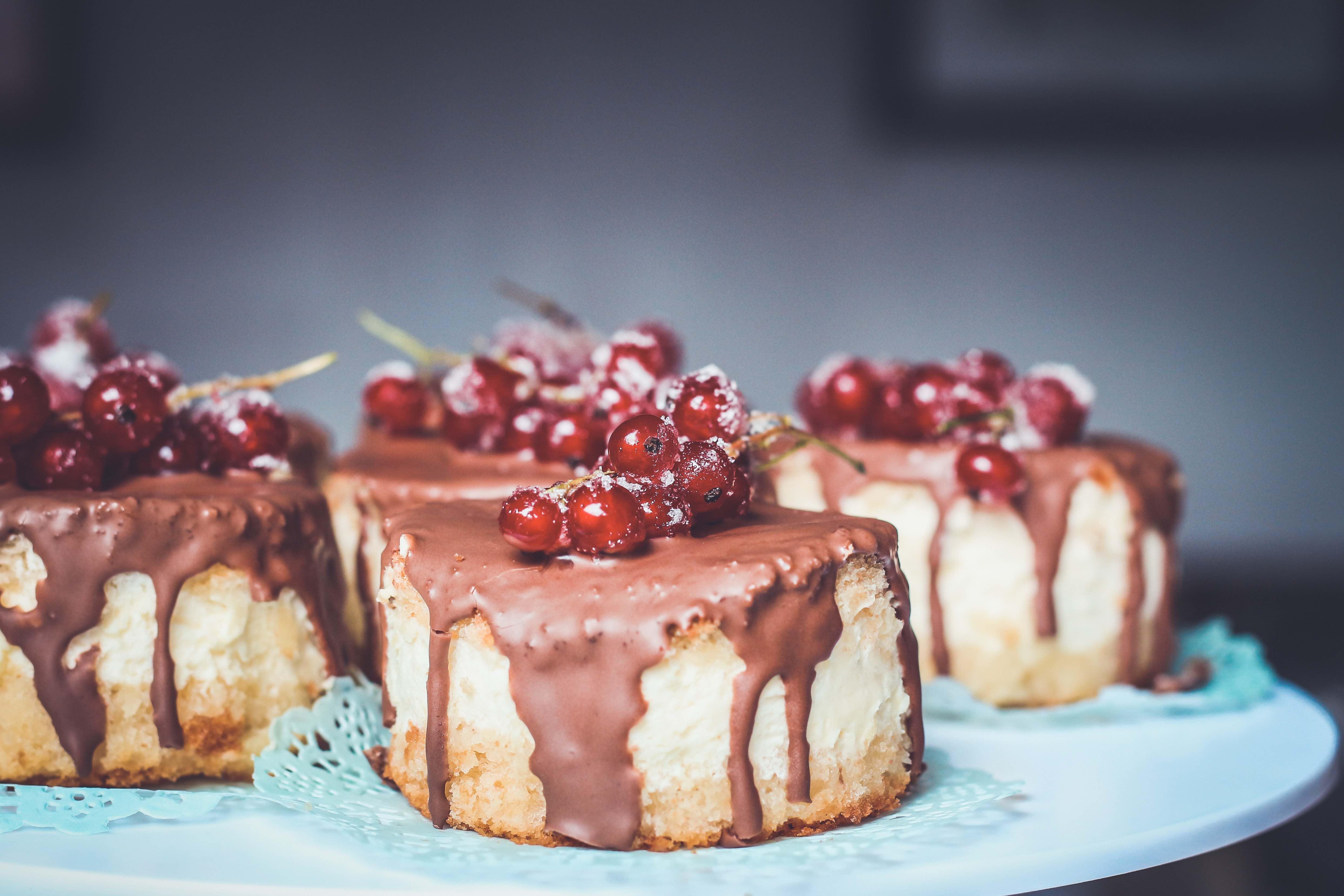 Закажем для вас десерты